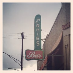 Photo taken at Ernie's Bar & Pizza by Sara P. on 8/30/2013