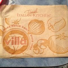Photo taken at Villa Fresh Italian Kitchen by Gustavo H. on 7/12/2013