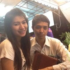 Photo taken at ร้าน แซ้บเวอร์ (มหาดไทย) by Jittrakorn P. on 9/7/2014