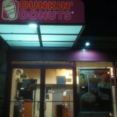 Photo taken at Dunkin' Donuts by Nick L. on 10/21/2012