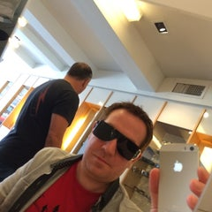 Photo taken at Eye Gotcha Optometric by Ben D. on 9/16/2014