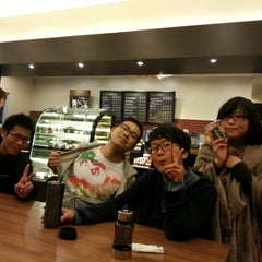 Photo taken at Starbucks Coffee つくば店 by 堀下 恭. on 4/30/2013