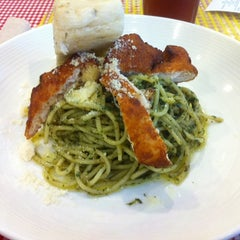 Photo taken at Pasta Plate by Erickson P. on 8/22/2014