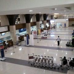 Photo taken at Adi Soemarmo International Airport (SOC) by Fery A. on 4/24/2015