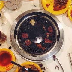 Photo taken at Seoul Garden by Vince L. on 10/2/2014