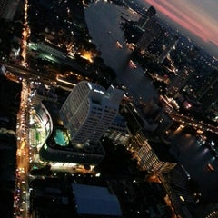 Photo taken at The Tower Club at lebua by ѕαIмαη ™. on 12/10/2012