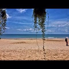 Photo taken at Southern Lanta Resort Koh Lanta by Wichayut T. on 4/14/2015