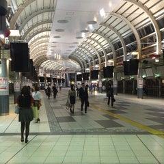 Photo taken at 品川駅 (Shinagawa Sta.) by yumihiko s. on 9/19/2013