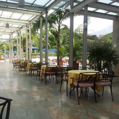 Foto tomada en Hotel San Fernando Plaza por Li E. el 12/6/2012