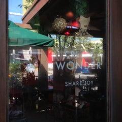 Photo taken at Starbucks Coffee by Juriz G. on 11/9/2013