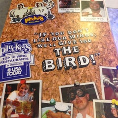 Photo taken at Pluckers Wing Bar by Mike Z. on 2/4/2013