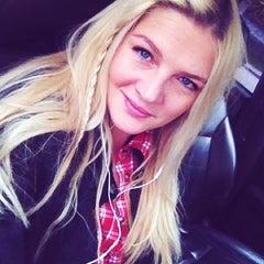 Photo taken at Dolce Vita by Mila U. on 10/29/2012