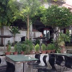 Photo taken at Pizzeria Vaatika Café by Ada K. on 7/5/2015