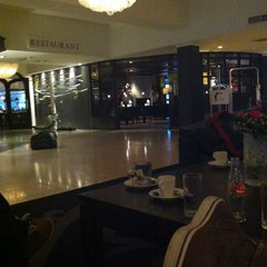 Photo taken at Van der Valk Hotel Hengelo by Nick U. on 2/15/2013