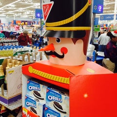 Photo taken at Walmart Supercenter by Thomas on 11/27/2013
