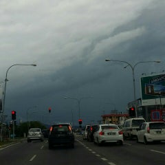 Photo taken at Traffic Light Lido Intersection by Angie on 5/1/2015