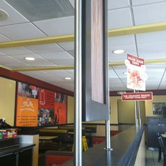 Photo taken at Arby's by Shirley V. on 7/27/2013