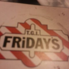 Photo taken at TGI Fridays by MsTricey_ 1. on 12/22/2012