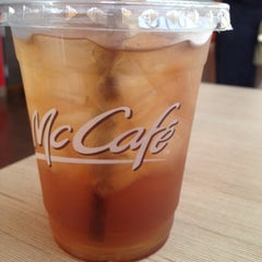 Photo taken at McDonald's & McCafé by Minnie T. on 9/14/2012