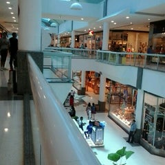 Photo taken at Shopping Tacaruna by Anderson N. on 1/27/2013