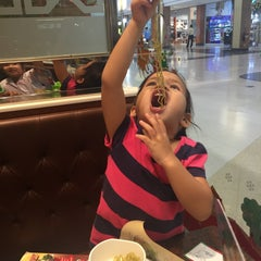 Photo taken at MK (เอ็มเค) by Emmanuel G. on 1/6/2015