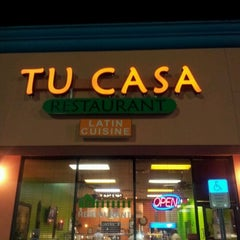 Photo taken at Tu Casa Restaurant by Ray A. on 12/6/2011