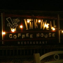 Photo taken at Inkwell Coffeehouse by 🐶Colleen C. on 7/31/2011