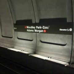 Photo taken at Woodley Park-Zoo/Adams Morgan Metro Station by Meme on 8/14/2012