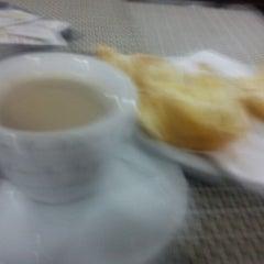 Photo taken at Luar Vile Restaurante by Cristiane P. on 5/11/2012