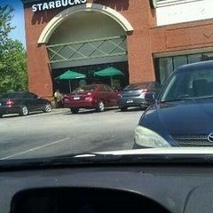 Photo taken at Starbucks by Zubin A. on 9/11/2011
