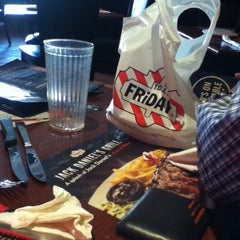 Photo taken at T.G.I. Friday's by oriana f. on 5/29/2012