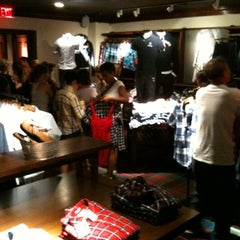 Photo taken at Abercrombie & Fitch by Thierry J. on 7/30/2011