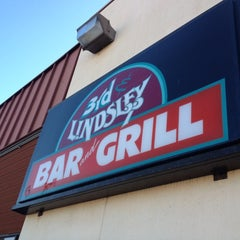 Photo taken at 3rd & Lindsley Bar and Grill by Rhonda R. on 6/8/2012