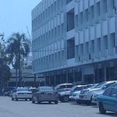 Photo taken at โรงเรียนรักษาดินแดน (Territorial Defense School) by Iam P. on 3/22/2012