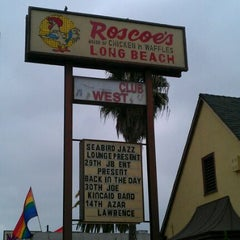 Photo taken at Roscoe's House of Chicken and Waffles - Long Beach by jt on 9/25/2011