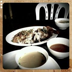 Photo taken at Restoran Nasi Ayam Gemas Mustafah by Muhammad J. on 1/14/2012