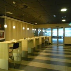 Photo taken at Café de BBVA-TyO (BBVAtech) by BBVAtech on 8/8/2011