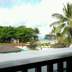 Photo taken at Holiday Inn Resort by Ryan Yoonchan K. on 2/7/2012