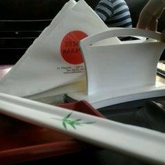 Photo taken at Sushi Nakay by Pablo V. on 8/31/2012