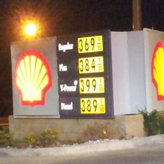 Photo taken at Shell by Buddy H. on 9/4/2012