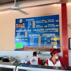 Photo taken at Taquería El Chino by Arturo L. on 4/28/2012