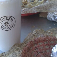Photo taken at Chipotle Mexican Grill by Ryan V. on 6/8/2012