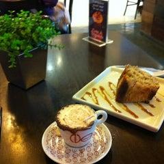 Photo taken at Cafeteria Naumann Gepp by Dirceu M. on 6/5/2012