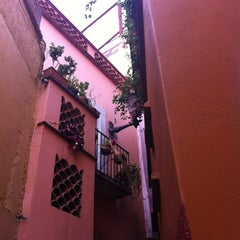 Photo taken at Callejón del Beso by Kary on 1/2/2013