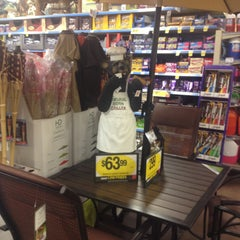 Photo taken at Kroger Food & Pharmacy by Meredith E. on 4/23/2013