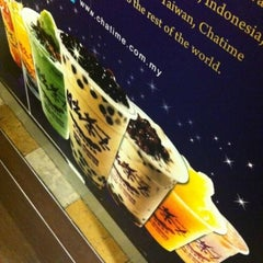 Photo taken at Chatime by Morrison F. on 11/18/2012