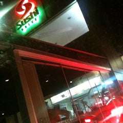 Photo taken at Sushi Drive by Silvia G. on 11/1/2012