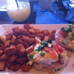 Photo taken at Switch Restaurant & Wine Bar by Nicholas B. on 10/14/2012
