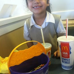 Photo taken at McDonald's by Aaliyah D. on 10/22/2012