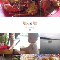 Photo taken at William's Crab Restaurant by Kwankwan M. on 5/3/2014